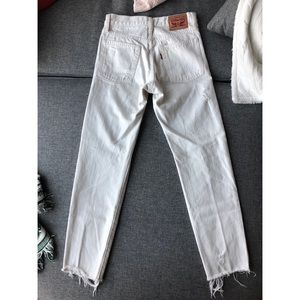 Levi's Jeans - Levi's Wedgie high waisted white jeans size 24